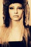 Marleen Polakowski, DJane, Woman, blonde, Hat, Piercing, Eyes,