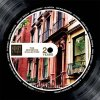 Henry Street Music, The definitive Collection, Mateo & Matos, Ashley Beedle, Todd Terry, 95 North, Ralphi Rosario, DJ Duke, Louie Vega, Robbie Rivera, Paul Simpson, Mike Delgado, E-Smoove, Davidson Ospina, Kenny Dope, Armand Van Helden, Johnick, DJ Sneak, Vinyl Platte, Disk, LP, Häuserfront, rotes Haus, Fenster, Aufgang