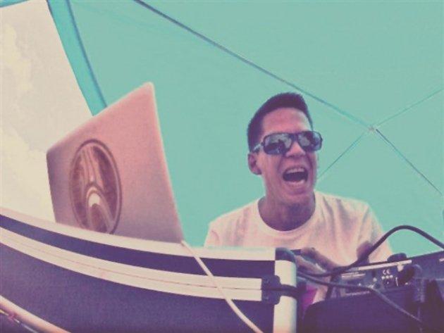 Bassfilet, DJ Charts