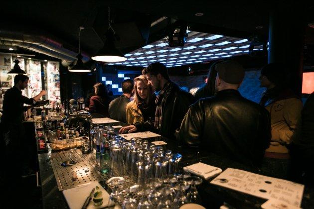 Simon Gerriets Vormals Barkeeper Im Othello Und Umut Inan Haben Sich Zusammengeschlossen Um Einen Langgehegten Traum Zu Erfllen Eine Eigene Bar