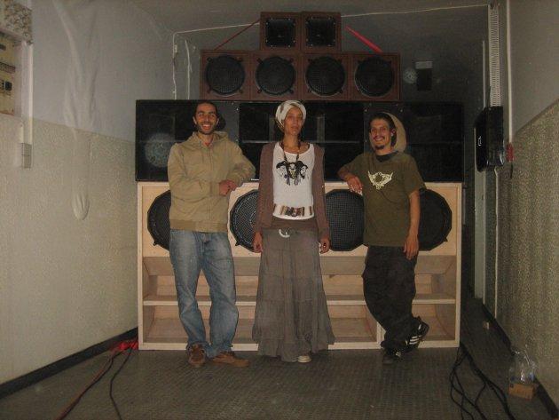 Dub u cation, Soundsystem, Boxen, Joyful Noise Soundsystem
